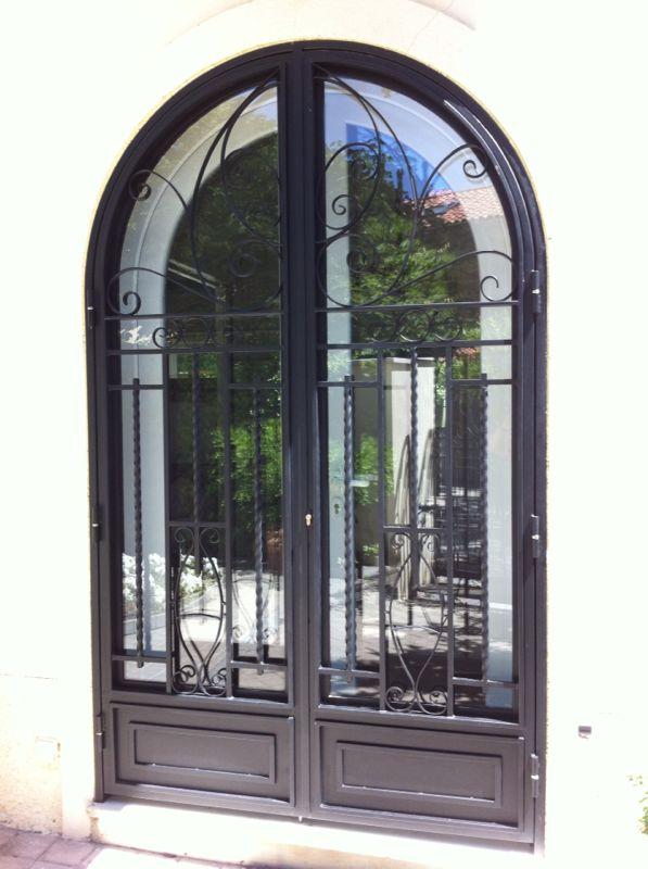 Puertas de portales de hierro y forja portales comunidad - Puertas de entrada de diseno ...