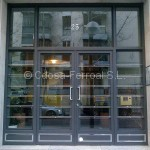 Puertas de comunidad con acero inoxidable